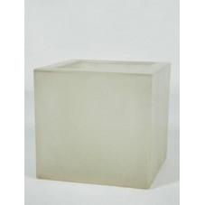 Bac à plantes ( fibre de verre )