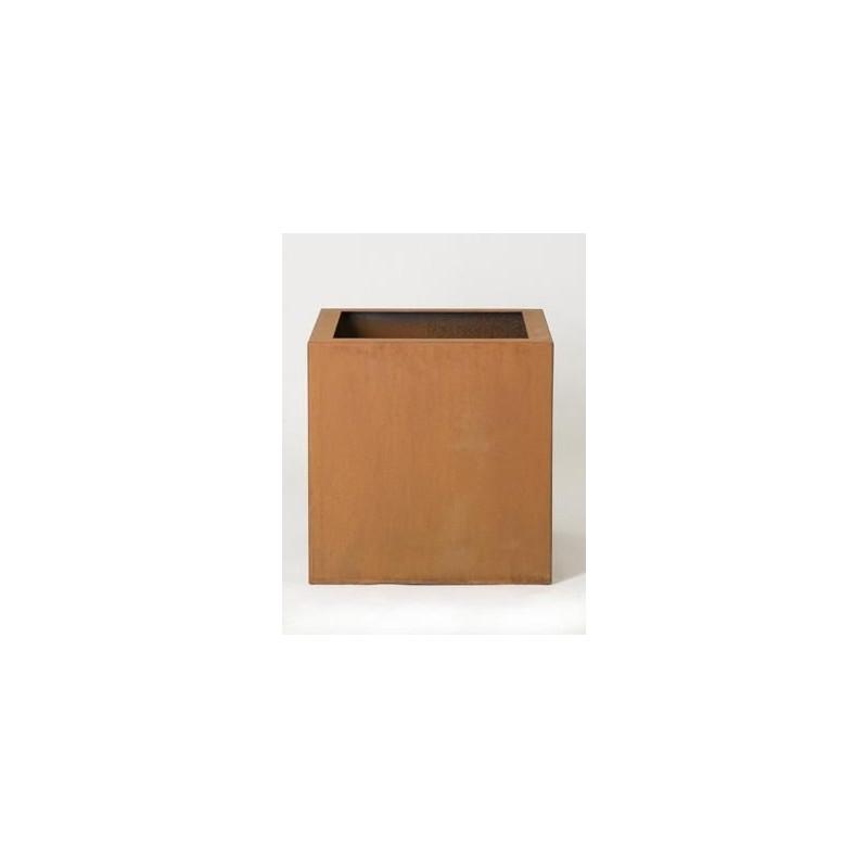 bac carr en acier rouille. Black Bedroom Furniture Sets. Home Design Ideas